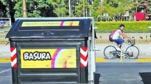 vecinos-Centro-contenedores-basura-reciclable