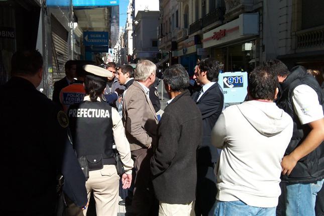 Arbolitos el d lar green de la city porte a noticias for Casa piano sucursales