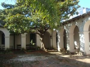 Casa de los Ejercicios Espirituales parabuenosaire.com