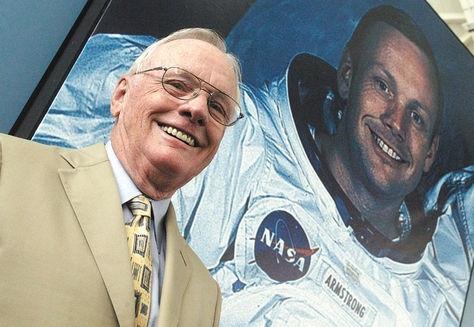 Neil-Armstrong-parabuenosaires.com