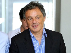 Francisco-Cabrera-Télam-parabuenosaires.com