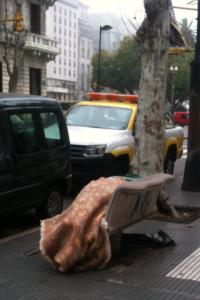 persona en situación de calle parabuenosaires.com