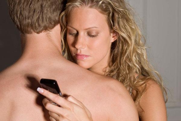 infidelidad-facebook-parabuenosaires-com