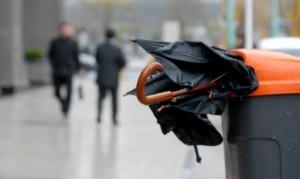 paraguas-roto-lluvia-parabuenosaires
