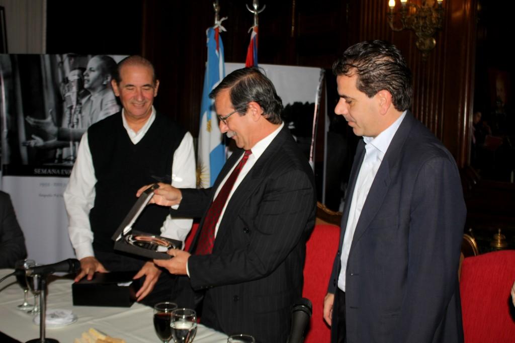 ritondo-embajador-cuba-legislatura-porteña