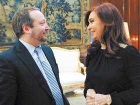 Sabatella-con-CFK-Foto-Presidencia-de-la-Nacion-parabuenosaires
