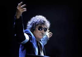 charly-garcia-teatro-colon-suspendido