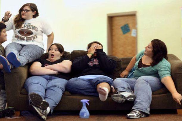 Adolescentes-gordos-comiendo