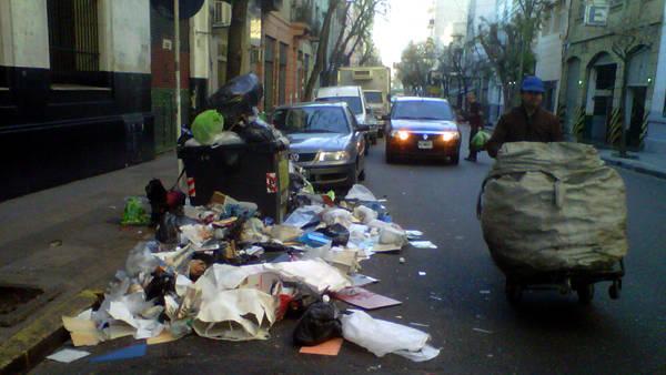 BASURA-Residuos-Buenos-Ricardo-Carcova_CLAIMA20130708_0087_28