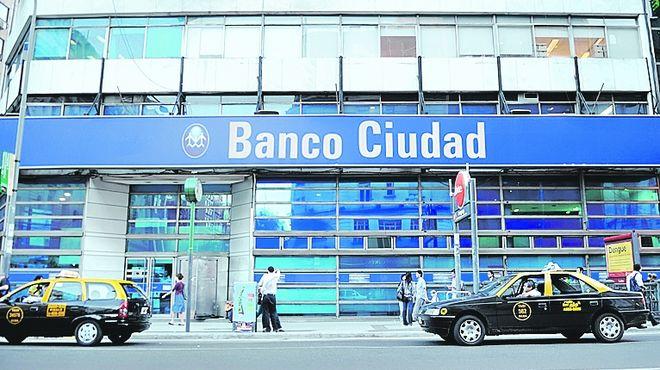 anunciado-ayer-titular-banco-ciudad_IECIMA20101103_0010_7