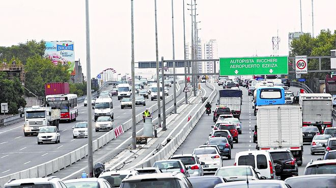 autopista 25 de Mayo  01