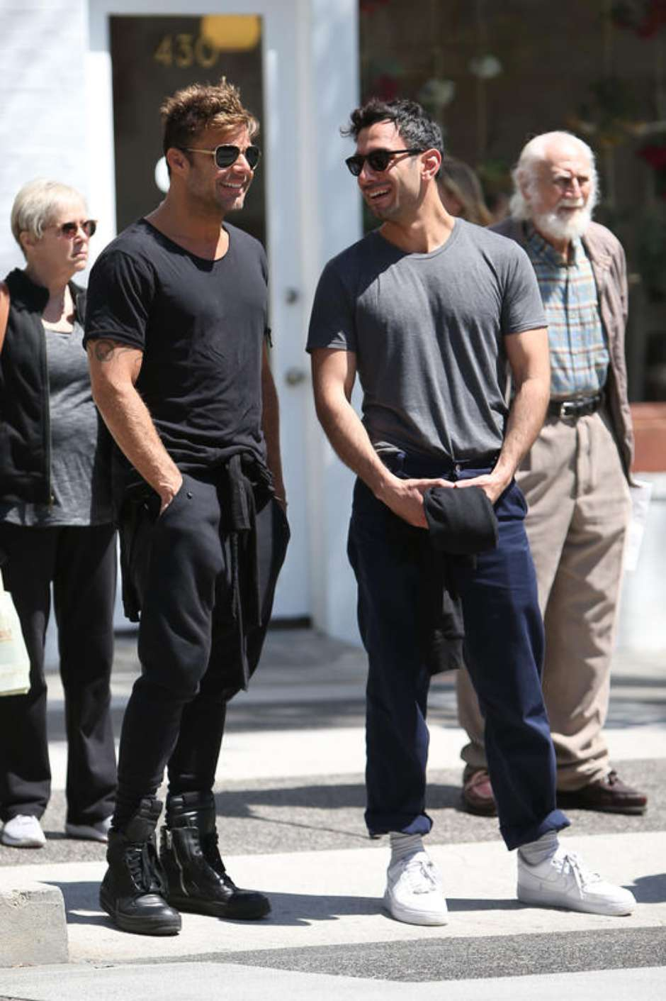 Photo © 2016 AKM GSI/The Grosby Group *EXCLUSIVE* Beverly Hills, April 4, 2016 Ricky Martin is seen with rumored new boyfriend, artist Jwan Yosef. The duo had lunch together at La Scala Restaurant before going on a stroll on the streets of sunny Beverly Hills.