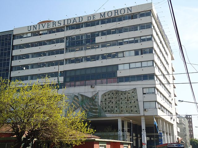 universidad-de-moron2