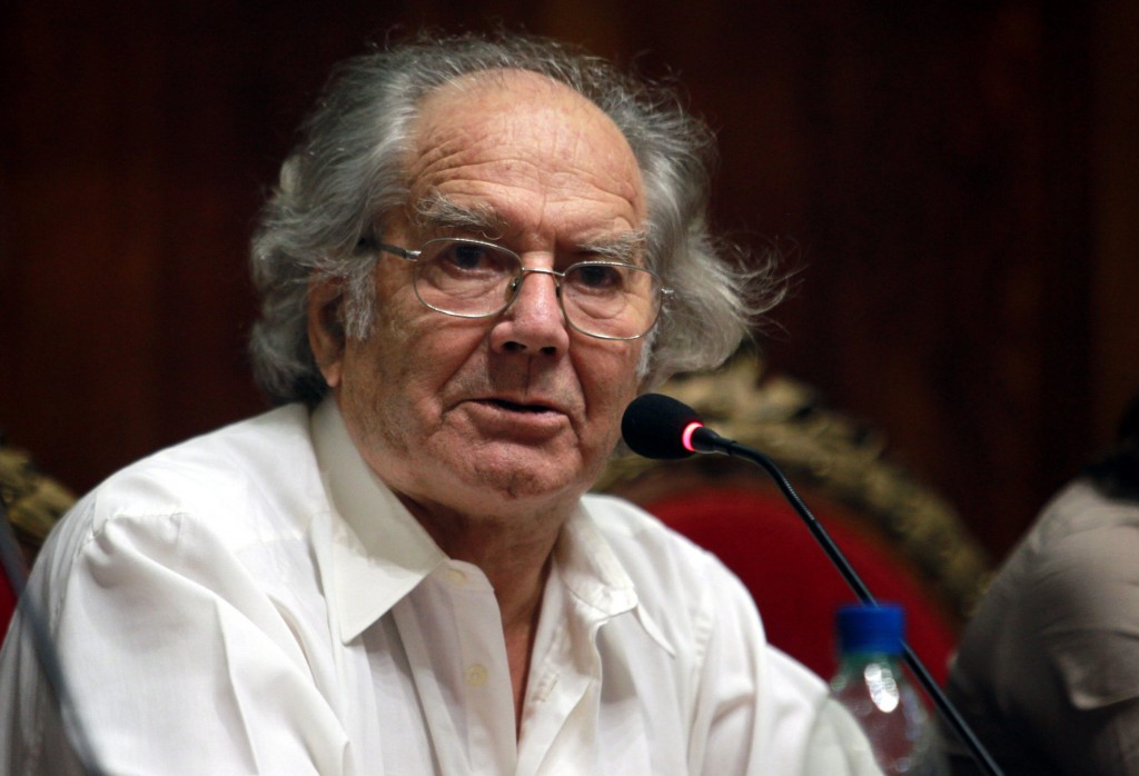 Asalto feroz al Premio Nobel de la Paz Adolfo Pérez Esquivel