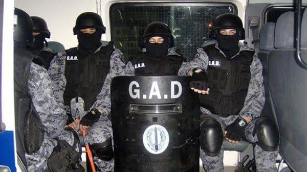 La Plata: Se robaron un arsenal de la Policía Bonaerense
