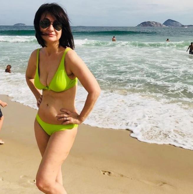 La sensual foto en la playa de María Laura Santillán