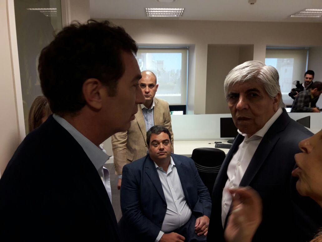 Moyano inauguró un sanatorio sindical junto al ministro Triaca