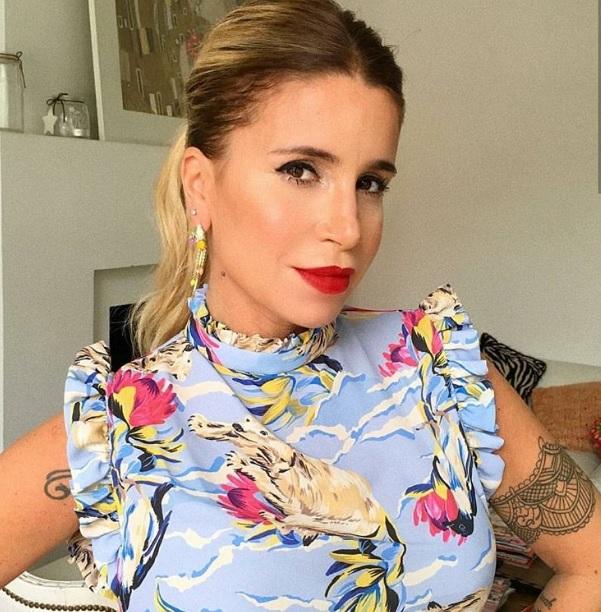 Flor Peña fue contra las críticas con un foto muy hot