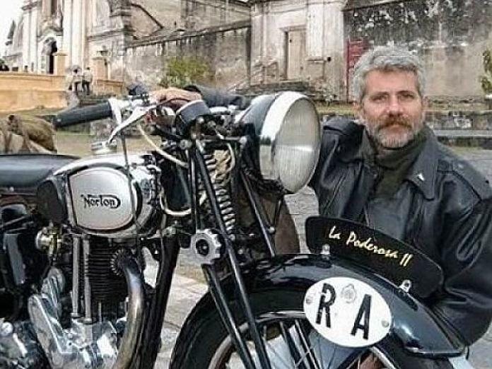 Un Mecánico De Villa Ballester Replicó La Motocicleta Del Che Guevara Y Llegó A Hollywood Noticias De Buenos Aires