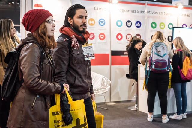 Gran presencia de venezolanos en la Expo Empleo de La Rural