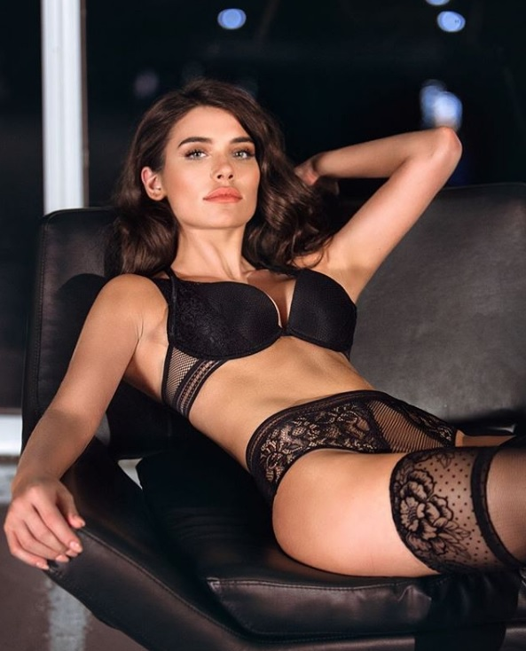 100% de garantía de satisfacción atractivo y duradero primera vista Para el infarto: La foto de Eva de Dominici en lencería con ...