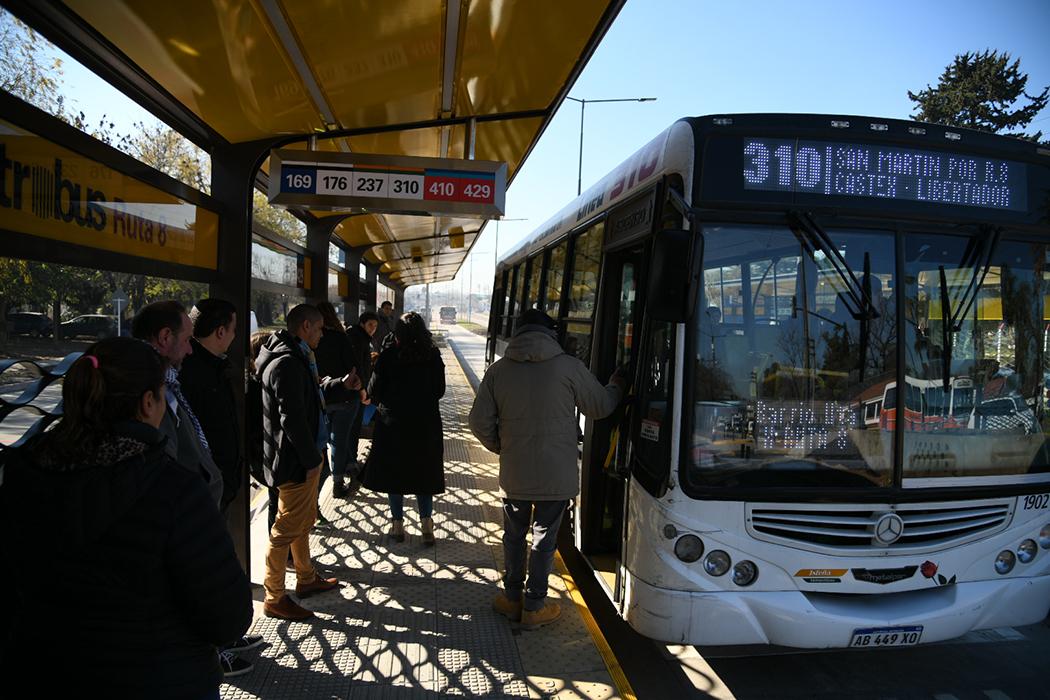 comenzó a funcionar un nuevo metrobus (2)