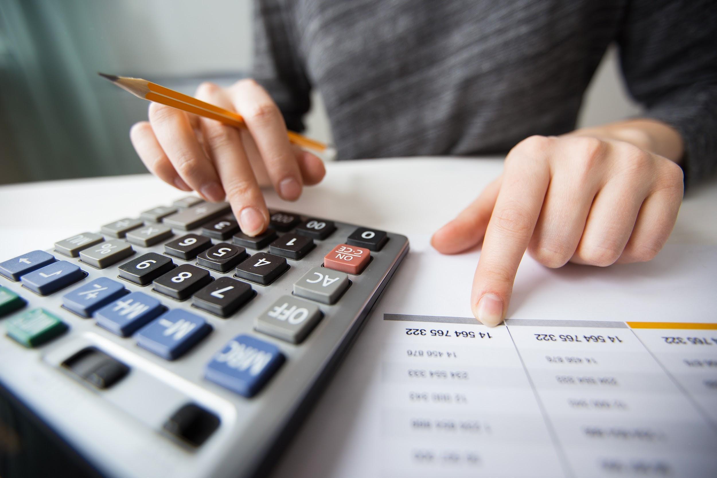 calcular-impuestos-de-sociedades